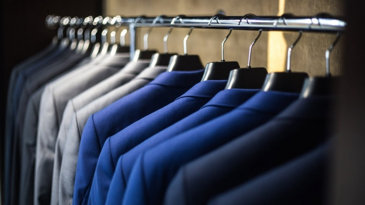 SOME INTERESTING FACTS ABOUT SUITS